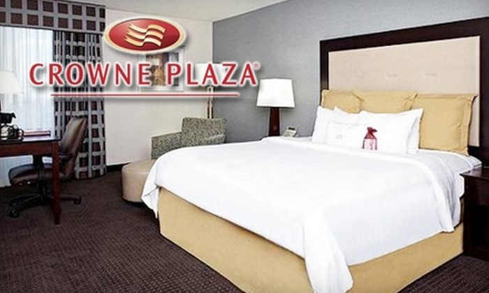 Crowne Plaza Hotel Philadelphia West - Wynnefield Heights: $89 for a Bed-and-Breakfast Package for Two at the Crowne Plaza Hotel Philadelphia West (Up to $179 Value)