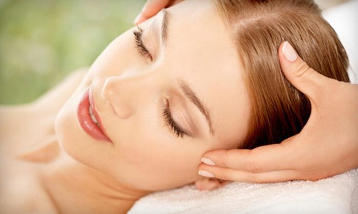 Harisa Massage Therapy & Ayurvedic Wellness Center - Kenilworth: Shirodhara Relaxation Treatment or One-Hour Massage at Harisa Massage Therapy & Ayurvedic Wellness Center