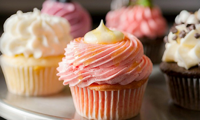 Cake Girlz Bakery - Maryville: $10 for $20 Worth of Cupcakes and Baked Goods at Cake Girlz Bakery
