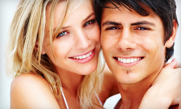 Sunny Smiles by BleachBright: $29 for an At-Home Teeth-Whitening Kit and Maintenance Pen from Sunny Smiles by BleachBright ($168.99 Value)