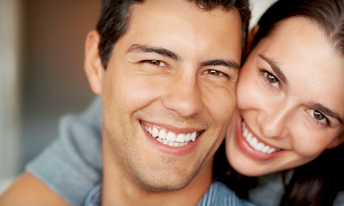 Damara Day Spa - Central Business District: $99 for a Teeth-Whitening Treatment and Maintenance Pen at Damara Day Spa ($208.99 Value)