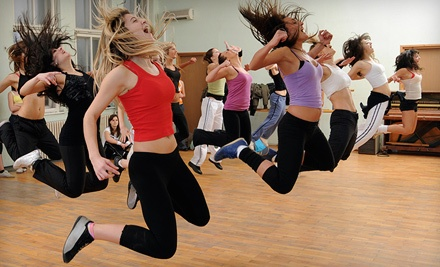 5 Drop-In Fitness Classes (a $25 value) - Gold's Gym in Bristol