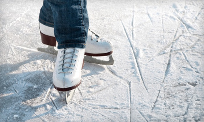 Echo Valley - Comstock: $7 for All-Day Ice-Skating Passes, Skate Rental, and Hot Chocolate for Two at Echo Valley ($14 Value)