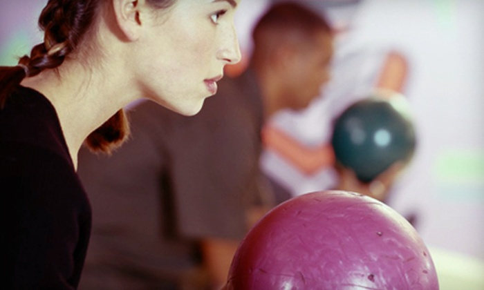 Holiday Bowling Center - Hallandale Beach: Bowling for Four or Six on Sunday–Thursday or Friday at Holiday Bowling Center in Hallandale Beach (Up to 51% Off)