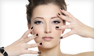 Andrés Muñiz: Limpieza facial, diseño de cejas, tratamiento específico y masaje kobido por 19,90 € y con manicura completa por 24,90 €
