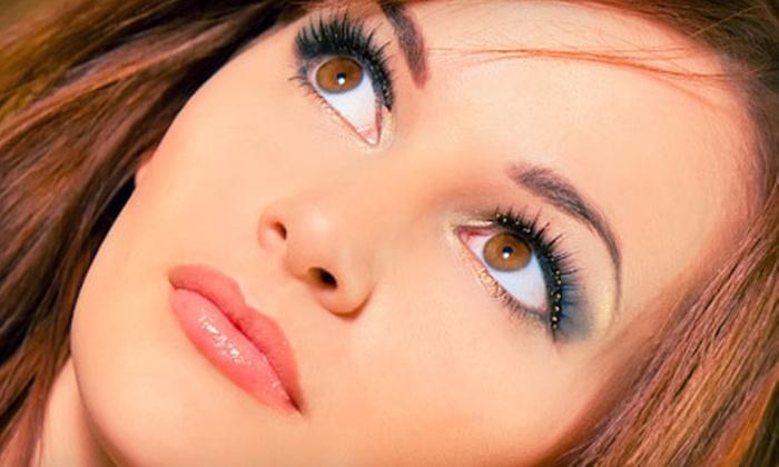 Oh-Lá Lash - Plaza Salon: $75 for a Full Set of Eyelash Extensions at Oh-La' Lash ($200 Value)
