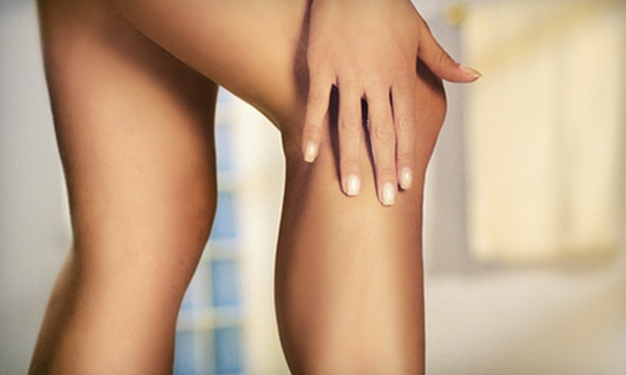 Manhattan Aesthetic Surgery - Upper East Side: $189 for One Spider-Vein Consultation and One Sclerotherapy Session at Manhattan Aesthetic Surgery ($650 Value). Two Session Options Available.