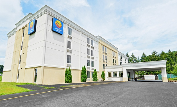TripAlertz wants you to check out Stay at Comfort Inn Easton in Easton, PA. Dates into October. Family-Friendly Hotel in Eastern Pennsylvania - Family-Friendly Hotel in Easton