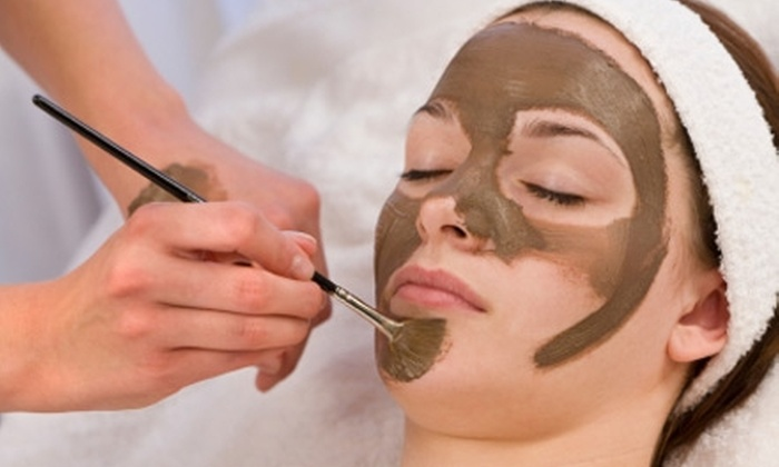 Tarzana Skin Care & Electrolysis - Los Angeles: $39 for Microdermabrasion or Anti-Aging Epicuren Classic Treatment at Tarzana Skin Care & Electrolysis in Tarzana ($120 Value)