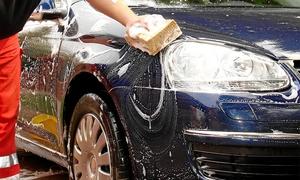 Lavacoches La Nave: Lavado de coche con opción a limpieza de tapicería de asientos o del habitáculo desde 9,95 € en Lavacoches La Nave