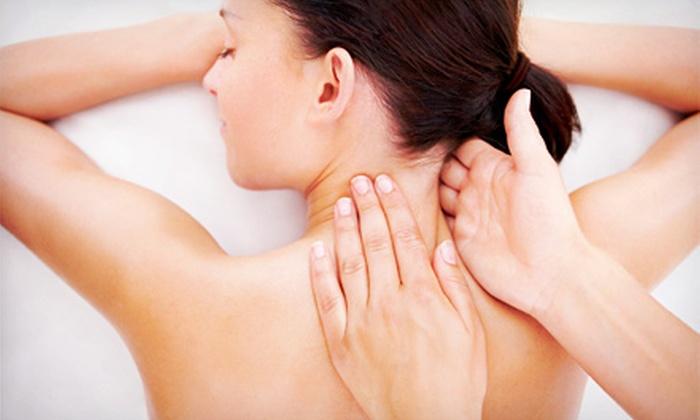 en flux wellness - Underwood Avenue: 60- or 90-Minute Massage Package with Optional Reflexology at en flux wellness (Up to 55% Off)