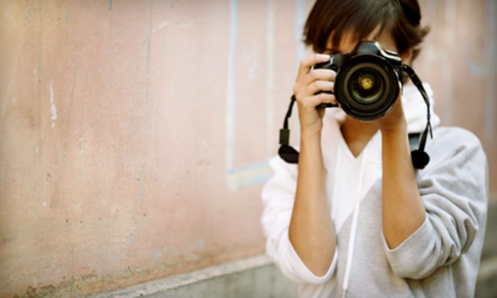 SmarterPics - Old Town: $19 for an Introductory Course on Point-and-Shoot or DSLR Cameras at SmarterPics ($40 Value)