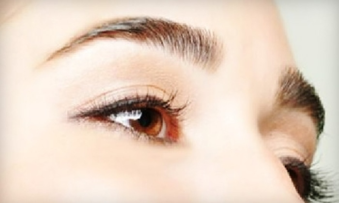 Salon Atash Hair & Brow Bar - Green Hills: $10 for One Eyebrow Threading at Salon Atash Hair & Brow Bar ($20 Value)