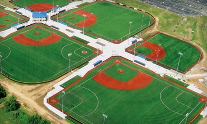 Diamond Nation - Raritan: $40 for a 30-Minute Baseball or Softball Lesson and 30-Minute Cage Rental at Diamond Nation in Flemington ($100 Value)
