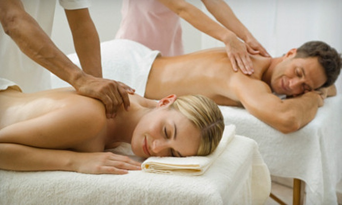 Super Spa Girl - Pittsburgh: $69 for a Romantic Couples Massage In Home or Office from Super Spa Girl ($140 Value)