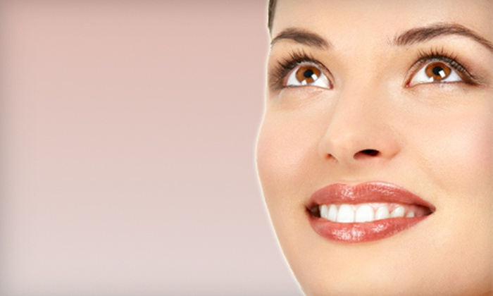 Aesthetic & Family Dentistry - Deerwood: $179 for a Zoom! Teeth-Whitening Treatment at Aesthetic & Family Dentistry (Up to $600 Value)