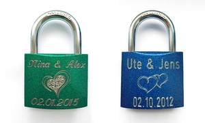 Gravur King: Liebesschloss 50 mm in Grün oder Blau inkl. Gravur bei Gravur King (bis zu 75% sparen*)