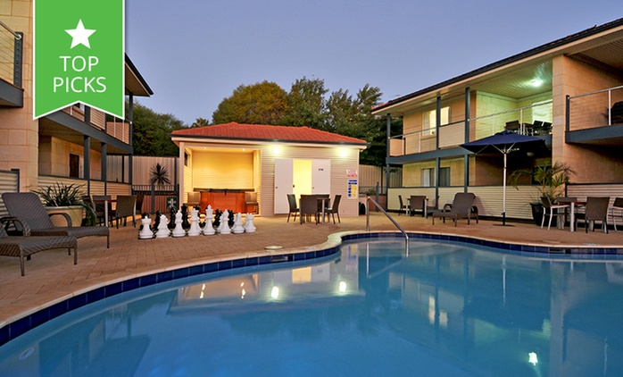 Kalbarri: From $279 for a Spa Apartment Stay with Bottle of Wine and Late Checkout at Kalbarri Edge Resort