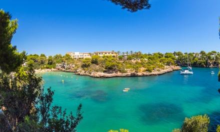 Menorca: 4 o 6 noches en apartamento y viaje de I/V en ferry desde Barcelona con coche propio incluido para 1 persona