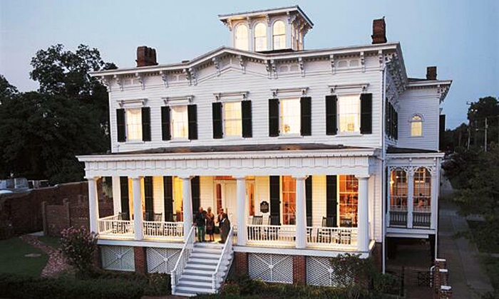 City Club - Downtown Wilmington: Club Membership and Dining Credit, or Club Membership and NYE Celebration at City Club (Up to 82% Off)