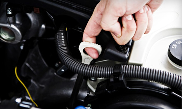 H&D Lytle Automotive - Nepean: $22 for an Oil-Change Package with Filter Change and 30-Point Inspection at H&D Lytle Automotive in Nepean ($44.95 Value)
