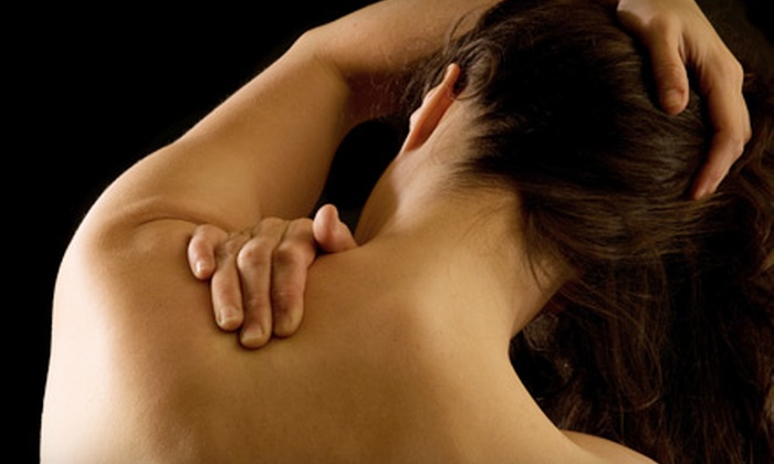 Smith Chiropractic - El Cerrito: One or Three Massages and a Chiropractic Exam with a Computerized Analysis and X-rays at Smith Chiropractic in El Cerrito