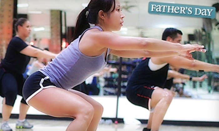 Gold's Gym - Clinton: $69 for Three Personal-Training Sessions and a Three-Month Membership to Gold's Gym ($540 Value)