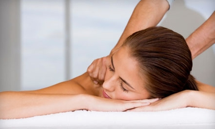 Farashé The Day Spa - Downtown Columbia: $53 for One-Hour Swedish Massage and 10-Minute Scalp Therapy Treatment at Farashé The Day Spa in Columbia ($106.50 Value)