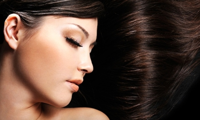 Kelly Kendall Salon - Malta: $40 for a Women's Haircut, Shampoo, and Custom Phyto Masque at Kelly Kendall Salon in Malta ($80 Value)