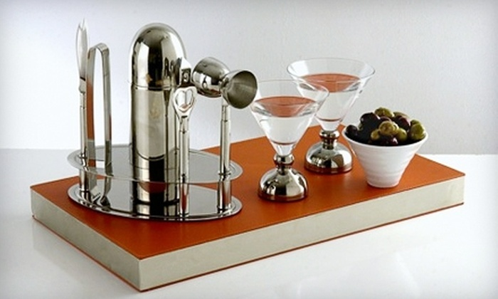 CocktailVibe: $15 for $30 Worth of Glassware, Bar Gear, and Luxury Home-Entertaining Items from CocktailVibe
