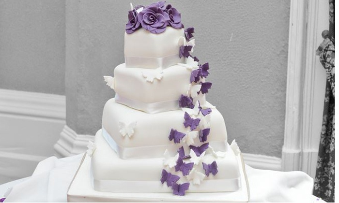 wedding cake deals uk three tier wedding cake wedding cakes leeds groupon 22357