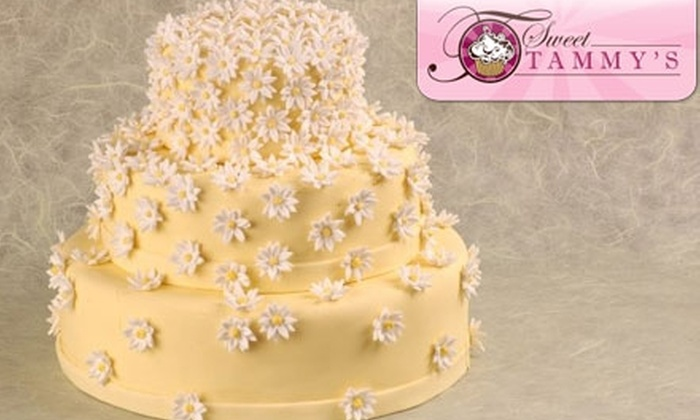 Sweet Tammy's - Squirrel Hill South: Cake or Cupcakes at Sweet Tammy's. Choose from Two Options.