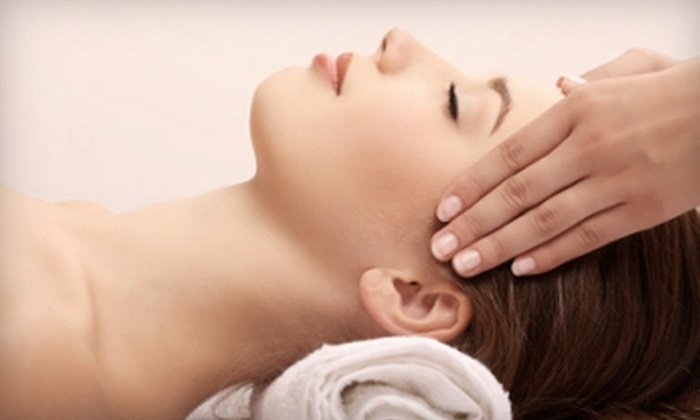 Therapy Kneads - Cedar Rapids: $30 for a One-Hour Therapeutic Massage at Therapy Kneads ($60 Value)