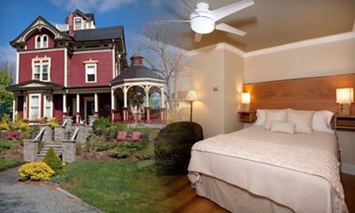 Ashlea House Bed and Breakfast - Lunenburg: $54 for a One-Night Stay for Two at Ashlea House Bed and Breakfast in Lunenburg (Up to $159 Value)