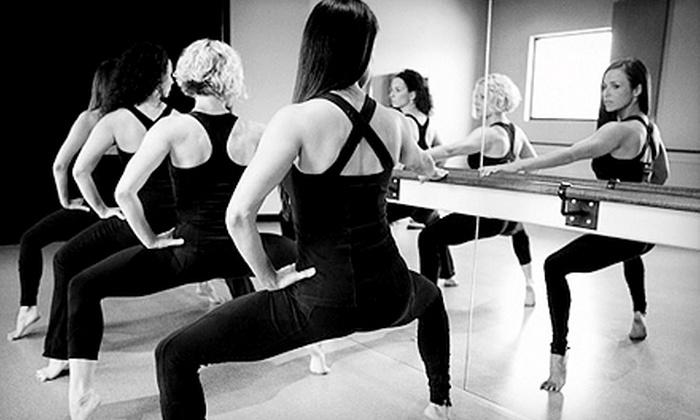 Seren Motus Fitness Studios - Franklin: $22 for Five BarreAmped Classes at Seren Motus Fitness Studios in Franklin ($92.50 Value)
