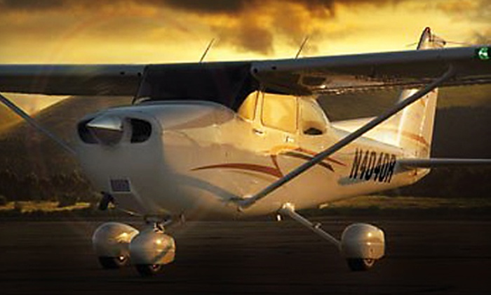 Jacksonville Flight Training - Herlong: $129 for a Jacksonville Night-Flying Tour for Up to Three People  from Jacksonville Flight Training ($280 Value)