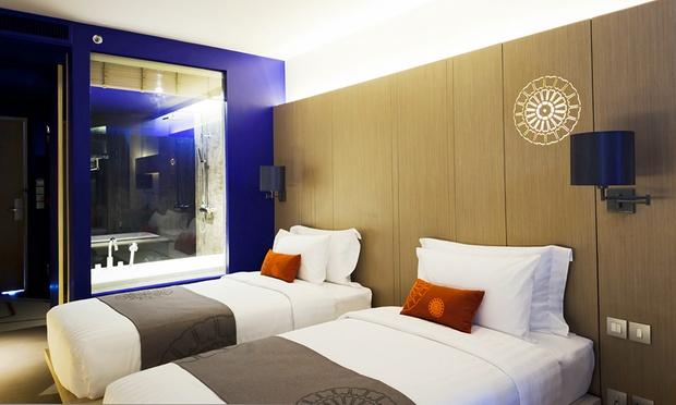 Phuket: Eastin Yama Hotel+Flights 1