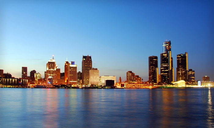 null - Detroit: Stay at Detroit Marriott Southfield in Greater Detroit; Dates into October Available