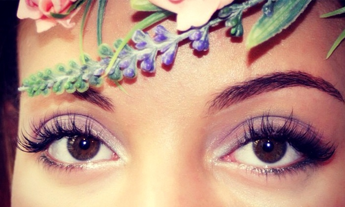 Hd Lashes NYC - Garment District: 80- or 100-Piece Set of Eyelash Extensions at Hd Lashes NYC (Up to 68%Off)