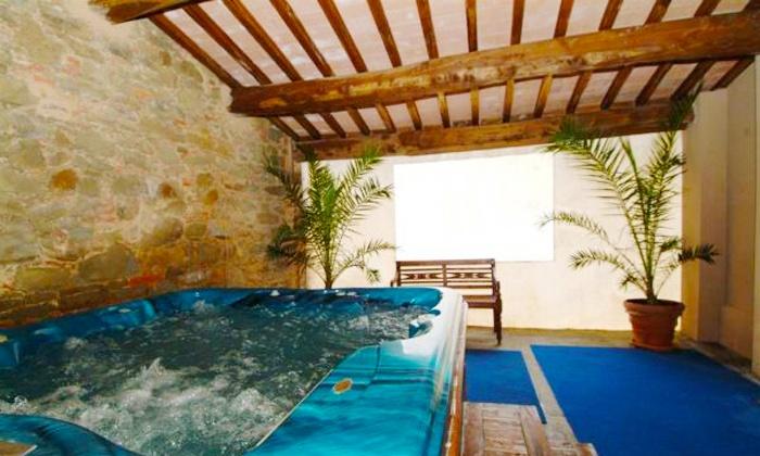 Antico Casale di Montegualandro - Tuoro sul Trasimeno (PG): Percorso spa per 2 persone con trattamento viso o menu tipico da 29 €