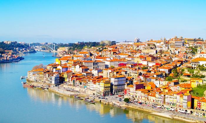 Bon Voyage: Oporto: 2 o 3 noches con desayuno, crucero por el Duero, entradas a Recinto da Boeira y cata de vinos en Park Hotel