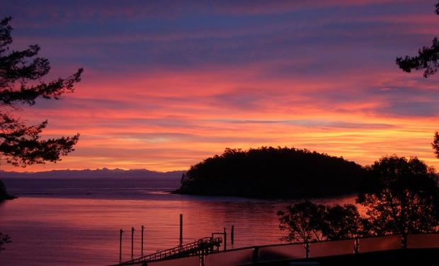 Mayne Island Resort - Mayne Island, BC: Stay at Mayne Island Resort in Mayne Island, BC, with Dates into September