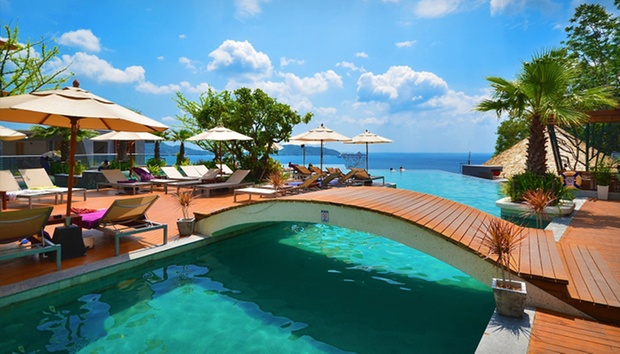 Phuket: 5* Seaview Stay in Patong 2
