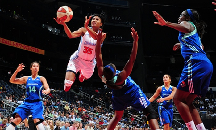 Atlanta Dream - Philips Arena: $15 for an Atlanta Dream Game and Post-Game Autograph Session at Philips Arena on May 25 or June 14 or 30 ($35.55 Value)