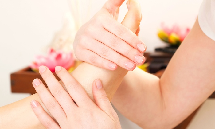 Elite Foot Spa - Montebello: $25 for a 70-Minute Full-Body and Foot Massage at Elite Foot Spa ($50 value)