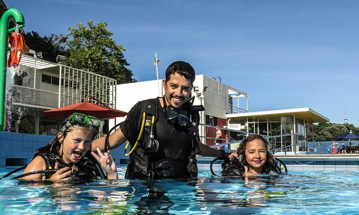 Dive Jamanta - The Olympic Pool and Fitness Centre: Two-Hour Discover Scuba Experience for One ($59) or Two People ($118) with Dive Jamanta (Up to $158 Value)