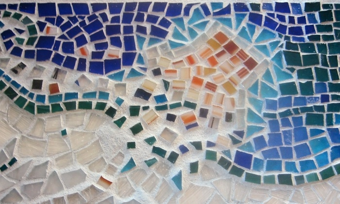 Community Mosaic Tour and Class - West Carson: Visit a Community Mosaic, Then Contribute to One Yourself with Betty Rosen Ziff from Mosaic Alchemy