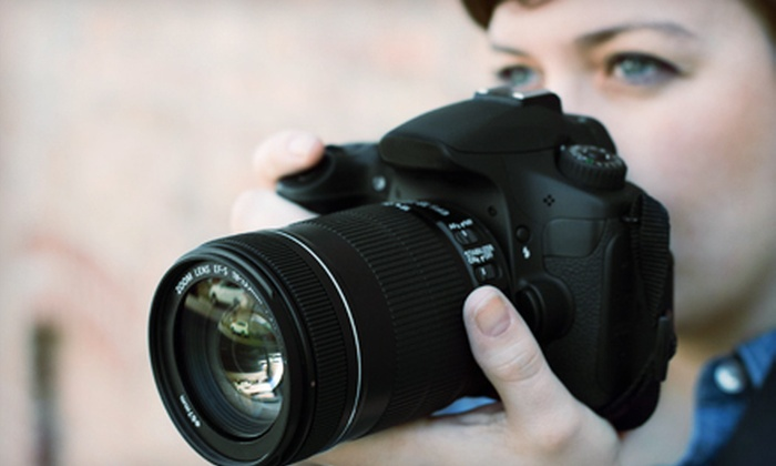 Louisville Lens Photography - Downtown Jeffersonville: $45 for a Beginner On-Location Photography Class from Louisville Lens Photography ($99 Value)