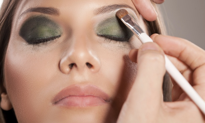 Heavenly Organic Spa - North Miami: Makeup Lesson and Application from Heavenly Organic Spa (60% Off)