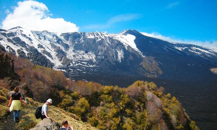 Georienteering - GEORIENTEERING: Escursione di geotrekking sull'Etna con degustazione di prodotti tipici e in più video da 24 €